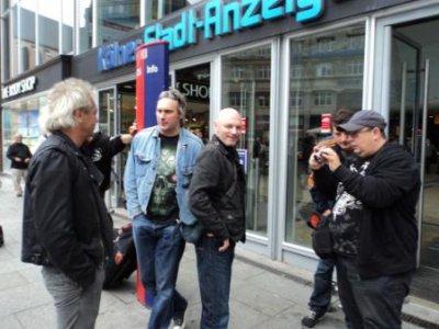 16 августа 2011 - Кинчев, Левин, Ослик и Джем приступили к работе по сведению альбома «20.12». Сегодня свели уже 4 песни