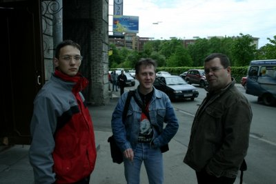 9 июня 2006 - Санкт-Петербург, студия Добролёт, запись песни «Рок-н-ролл» (Юрий Шевчук и Вячеслав Бутусов)