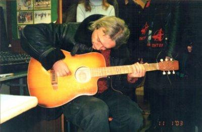 11 января 2003 - На встрече К.Кинчев под гитару впервые исполнил песню «Непокорные»