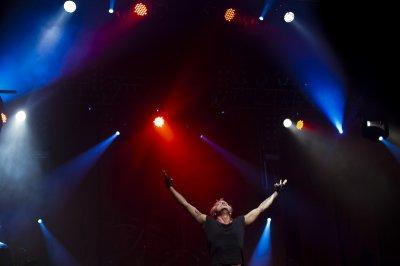 "4 октября 2012 - Концерт - Иркутск - Дворец спорта ""Труд"" - Презентация альбома ""Саботаж"""