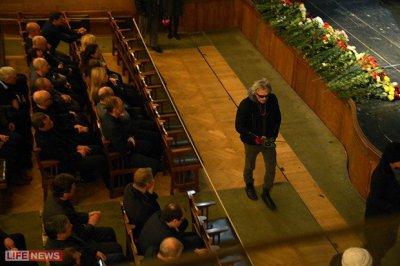 12 марта 2013 - Константин Кинчев на прощании с Андреем Паниным в МХТ им.А.П.Чехова