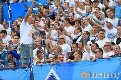 17 августа 2013 - В начале матча Зенит -Анжи (3:0) К.Кинчев и фанаты спели песню «Небо славян»
