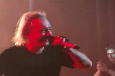 2 октября 2013 - На концерте в Кирове Игоря Романова поздравили с 60-летием