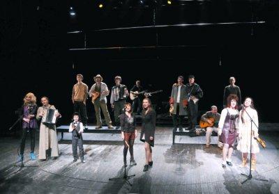 9 апреля 2010 - В Театре «На Литейном» (Санкт-Петербург) состоялась Премьера спектакля «Тень города», на котором была исполнена песня Андрея Королёва «Ладожский лёд»