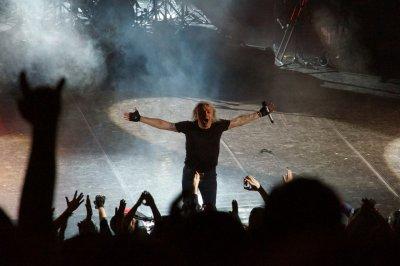"13 февраля 2014 - Концерт - Новосибирск - ДКЖ - ""ХХХ"""