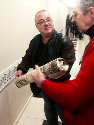22 марта 2014 - Андрей Столыпин передал в музей «Реалии Русского Рока» плакат группы АлисА