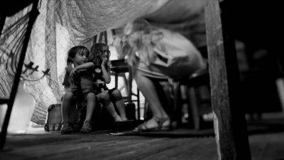 4 сентября 2014 - Премьера видеоклипа «Поезд» (25/17), в съёмках которого принял участие Лука Даниилович, внук Константина Кинчева
