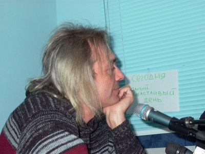 """19 ноября 2003 - К.Кинчев на радио """"За облаками"""" (Курган)"""