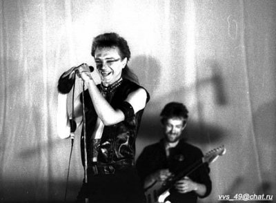 11 июля 1986 - В ДК им.Крупской (Ленинград) проходит импровизированный концерт для съёмок фильма «Взломщик»