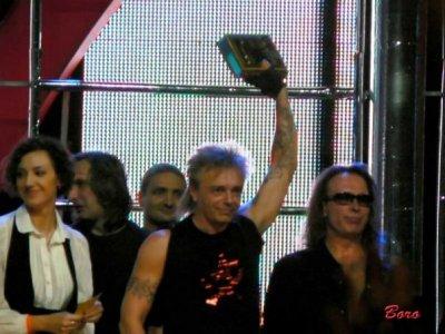 7 марта 2008 - Алисе вручают премию «Чартова Дюжина» в номинациях «Солист» и «Группа»