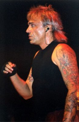 21 июня 2002 - Концерт - Санкт-Петербург - СКК - «Песен ещё ненаписанных сколько...» (День Рождения Виктора Цоя)