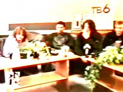 """6 декабря 1997 - Прибытие """"Агаты Кристи"""" и группы """"Алиса"""" в Омск (нарезка репортажей)"""