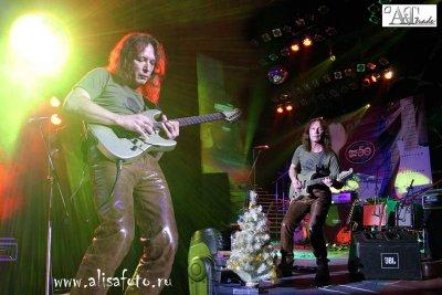 """3 декабря 2004 - Игорь Романов участвует в """"Fender - Party 2004"""" - Санкт-Петербург - Гигант-Холл"""