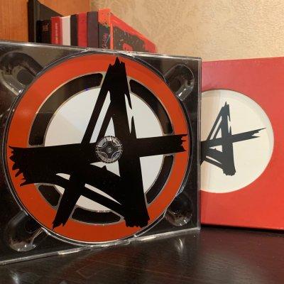 12 июня 2010 - Выпуск коллекционного сингла «Ъ» («Твёрдый знак»)