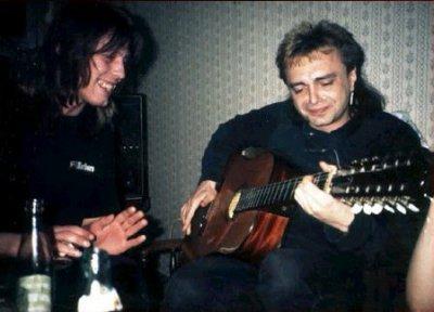 8 марта 1992 - Вечером Игорь Чумычкин исполняет свои песни