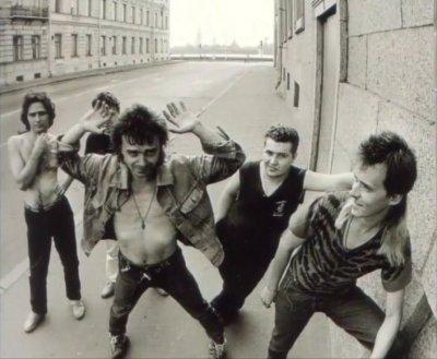 11 июля 1988 - Съёмка рядом с Мраморным дворцом (Ленинград), набережная Невы, фотограф В.Потапов