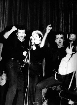 12 октября 1987 - Ленинград - ДК «Невский» - К.Кинчев и С.Задерий участвуют в выступлении Джоанны Стингрей на открытии сезона ЛРК